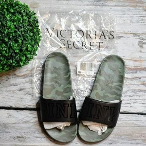 Victoria's Secret Camo Slides Large